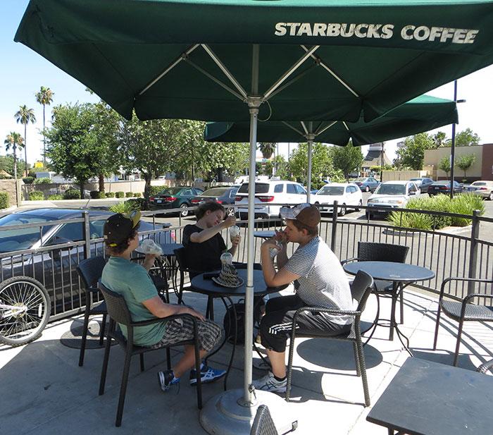 K2015_Starbucks_IMG_2129